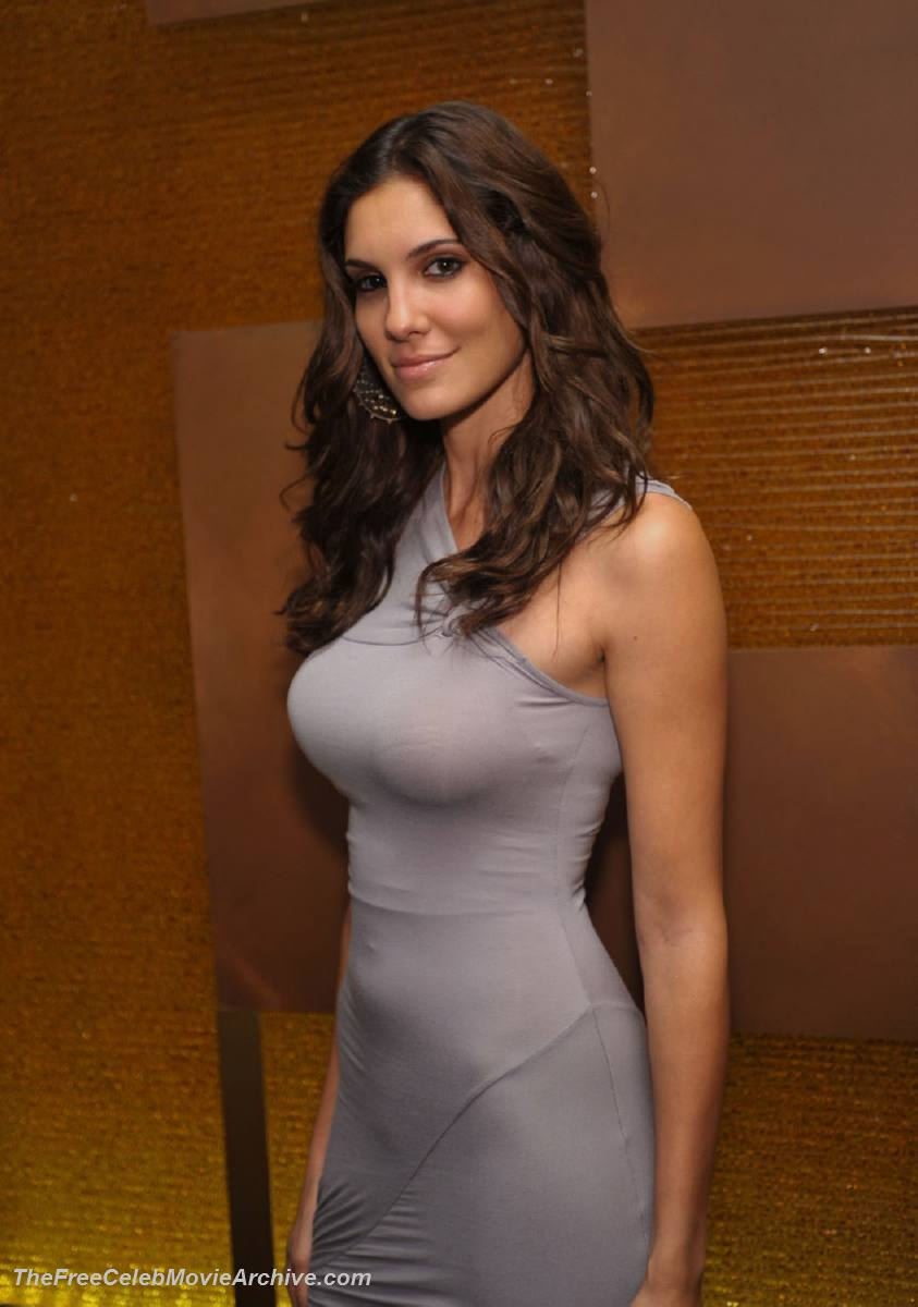 naked pictures of daniela ruah