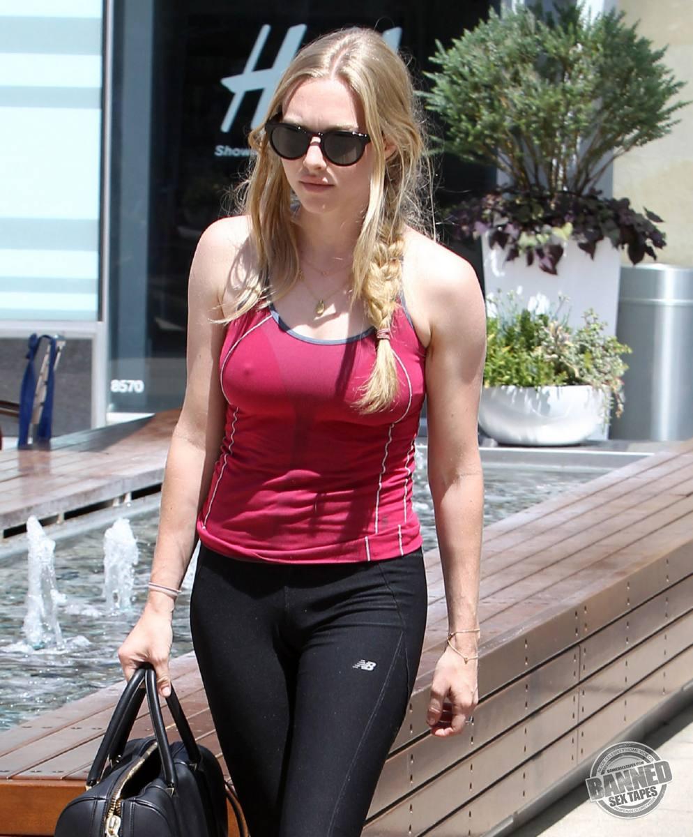 Largest Nude Celebrities Archive. Amanda Seyfried fully ...