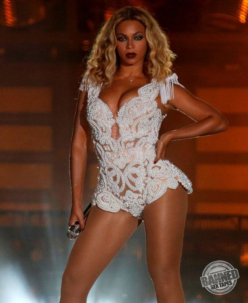 Beyonce Completely Naked 67